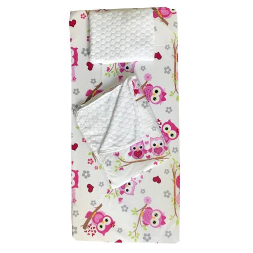 Set 3 piese de iarna paturica cu cearsaf si pernuta pentru pat 120x60 cm Deseda Bufnite roz