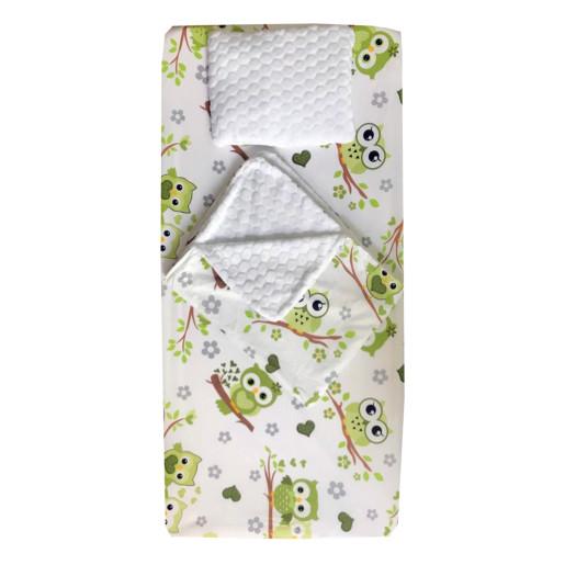 Set 3 piese de iarna paturica cu cearsaf si pernuta pentru pat 120x60 cm Deseda Bufnite verzi