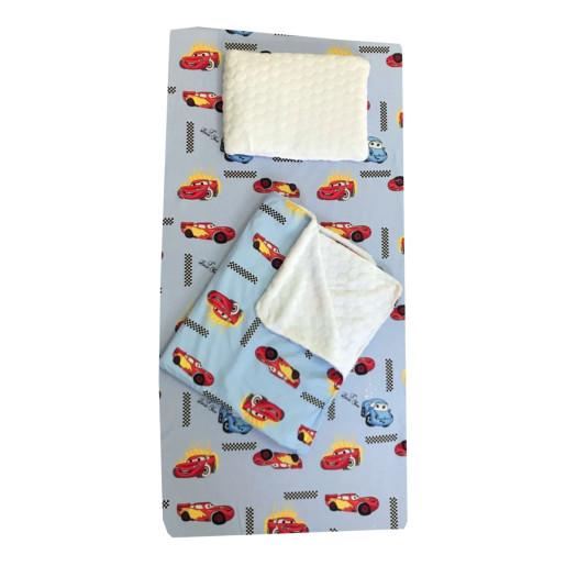 Set 3 piese de iarna paturica cu cearsaf si pernuta pentru pat 120x60 cm Deseda Cars
