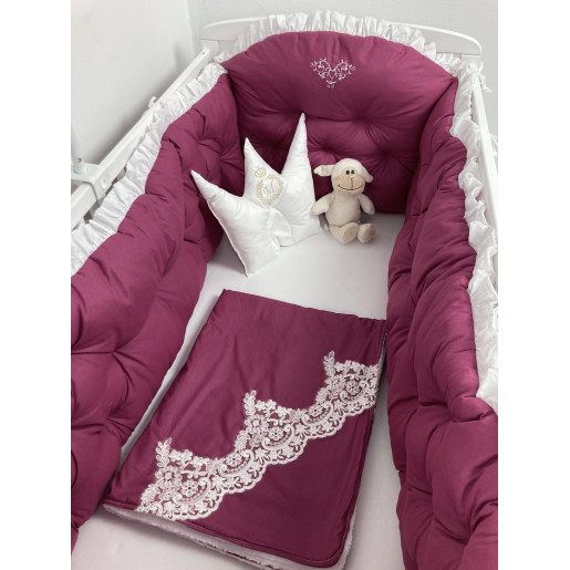 Lenjerie de pat cu apărători matlasate, păturică cu dantela LUX, 7 piese Burgund - alb