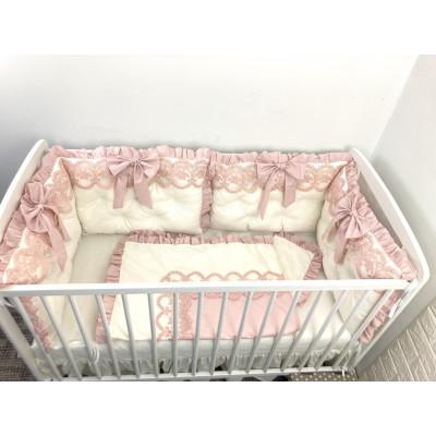 Lenjerie de pat cu 4 apărători perne matlasate fundițe și dantela LUX roz pudra - Ivory