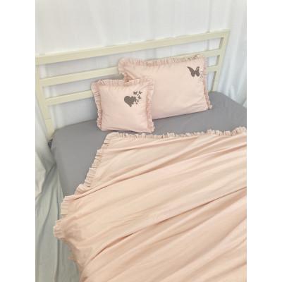 Lenjerie de pat cu 2 huse de perna și husa de pilota cu volanase și Imprimeu personalizat Roz pudrat