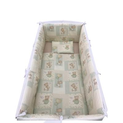 Lenjerie de pat bebelusi cu aparatori laterale pufoase Deseda Ursi în carouri bej