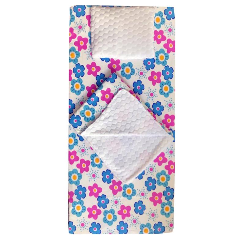 Set 3 piese de iarna paturica cu cearsaf si pernuta pentru pat 120x60 cm Deseda Floricele