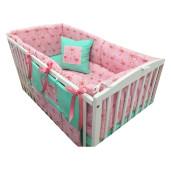 Lenjerie de pat bebelusi 120x60 cm cu aparatori laterale pufoase si buzunar Deseda Flamingo
