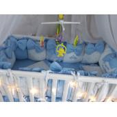 Lenjeria cu aparatori din 13 pernute Albastru pal LUX by Deseda
