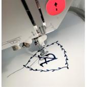 Lenjerie Personalizata cu monograma cu 10 piese Deseda Alb - Stelute bleumarin pe alb