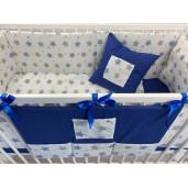 Lenjerie de pat bebelusi cu aparatori laterale pufoase si buzunar Deseda Stelute bleumarin