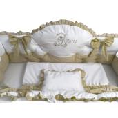 Lenjerie de pat cu apărători matlasate boltite, fundițe, 7 piese Bej - Alb