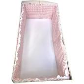 Lenjerie cu bumper si protectii laterale pat pufoase Deseda Zig Zag roz